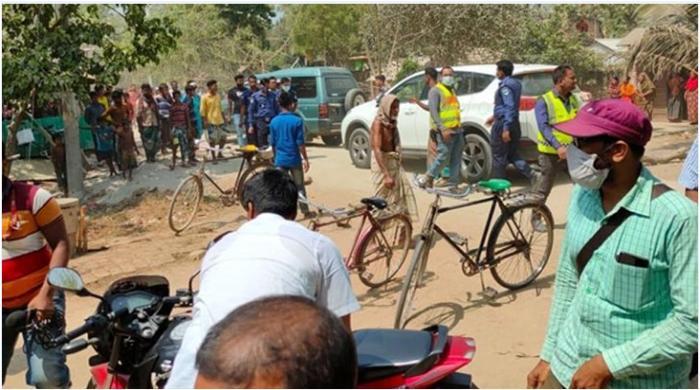 চুয়াডাঙ্গায় গ্রামবাসীর হামলায় রক্তাক্ত ইউএনও