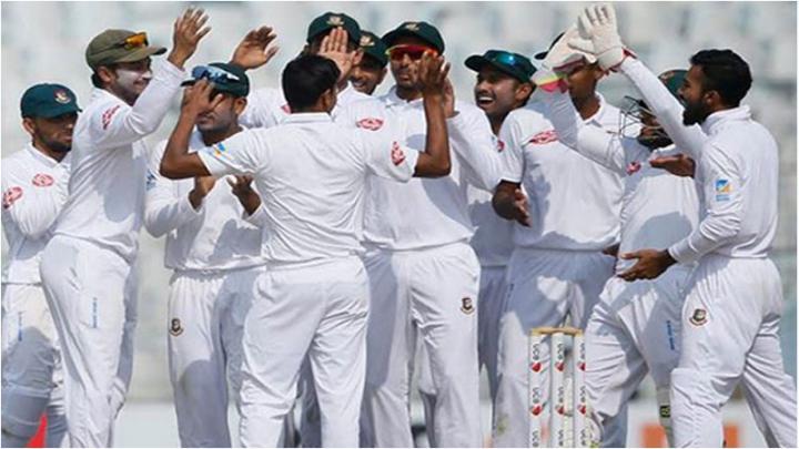 শ্রীলঙ্কার বিপক্ষে ১৫ সদস্যের টেস্ট দল ঘোষণা